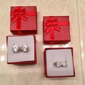 ♥️ 2 BEAUTIFUL BOW FASHION RINGS ♥️